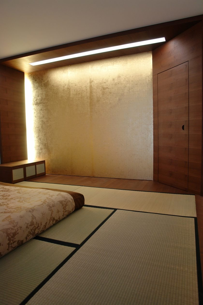 Tatami-Zimmer mit Wand in Blattgold