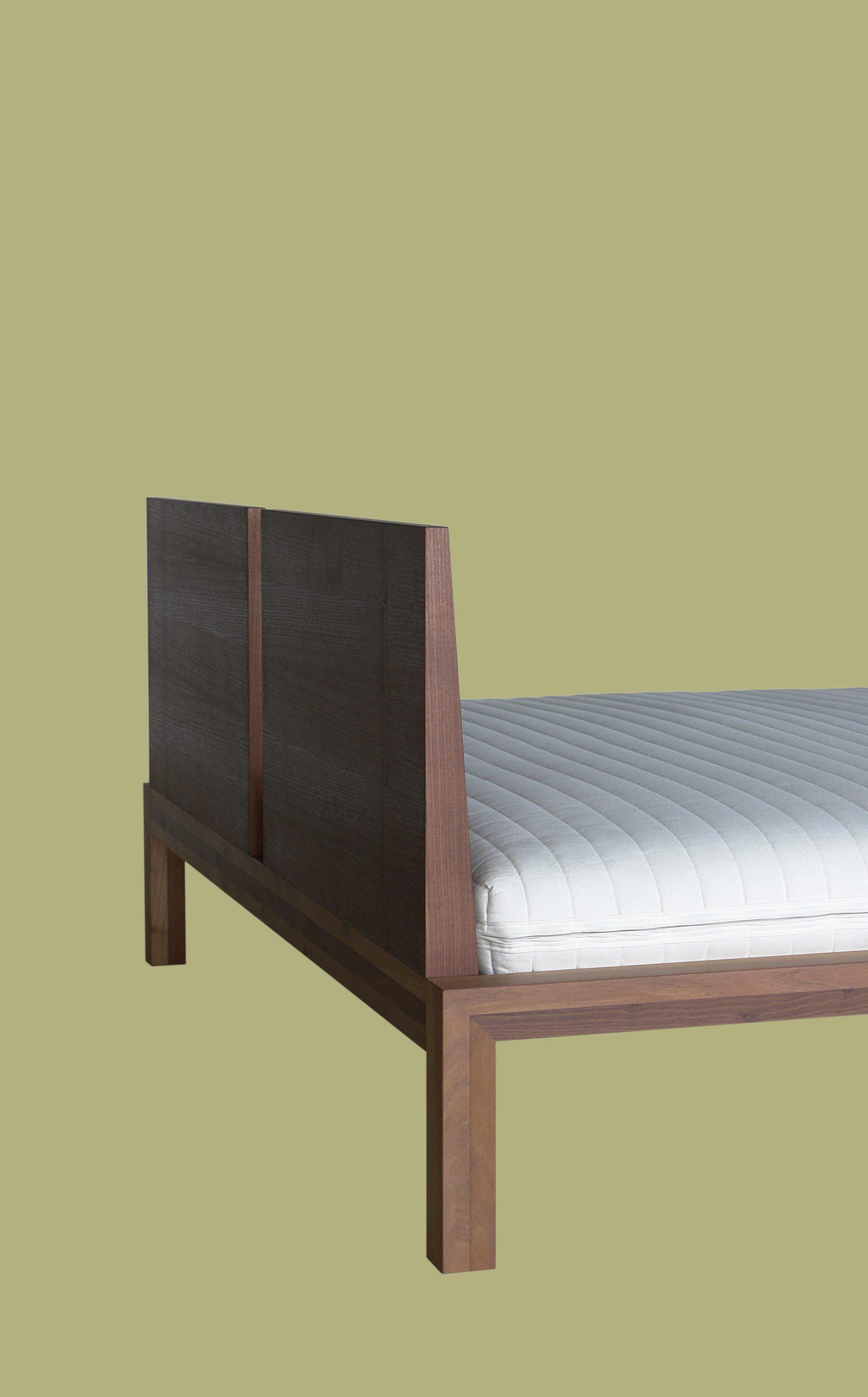 Edition Bett 60 Akazie Gedämpft Rückenlehne Hinten Halb Frei Grün